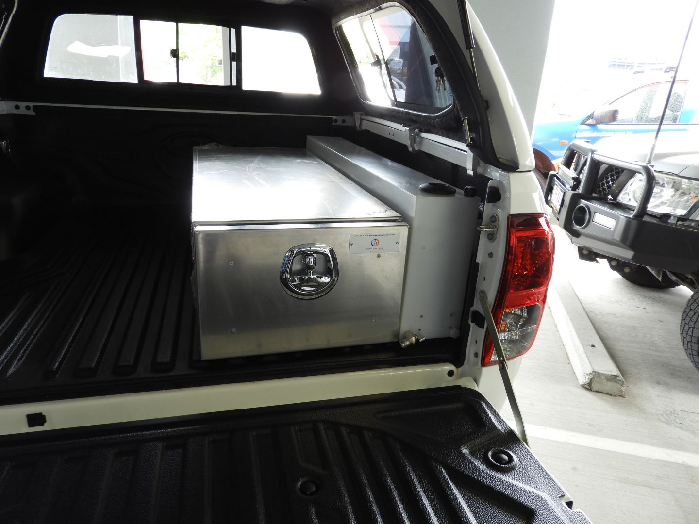 Trailer Parts Direct - 48L Wheel Arch Water Tank